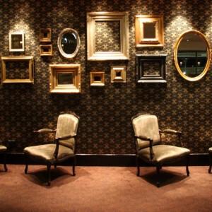 تزئین دیوار با آینه